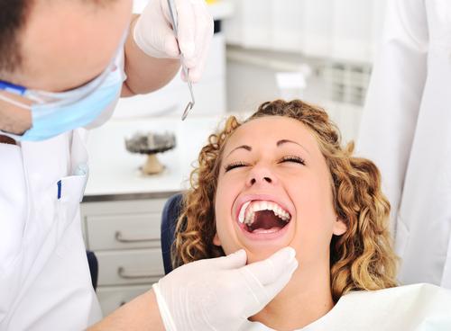 dental-treatment-laughing